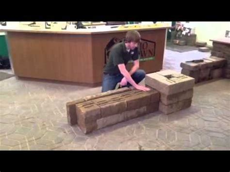 how to build a freestanding wall how to build versa lok 174 freestanding walls and columns youtube