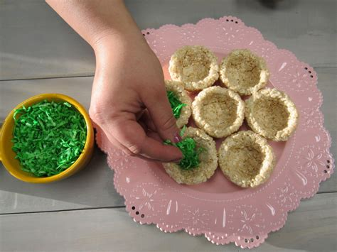 How Make Easter Rice Krispie Egg Nests Berry Chatty