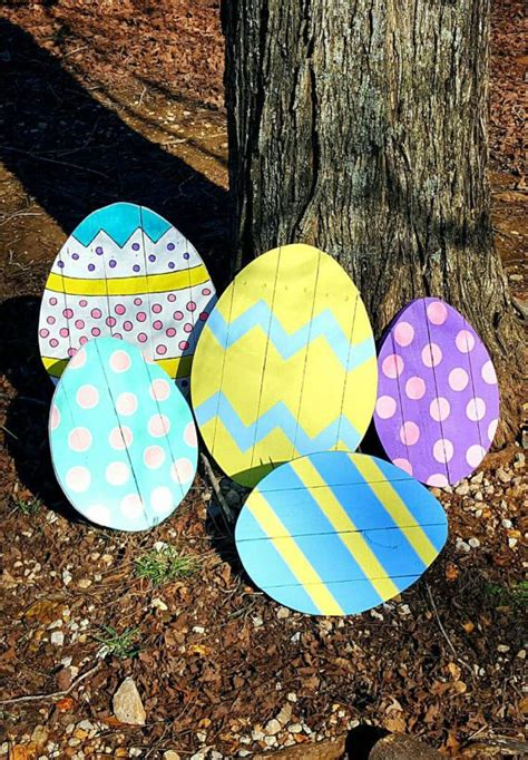 Easter Egg Garden Decoration by Best 25 Outdoor Easter Decorations Ideas On