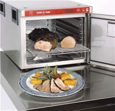 second de cuisine le hold o mat un second de cuisine très précieux