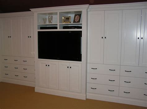 Bedroom Bridging Cabinets by Custom Built In Bedroom Cabinetry By Cabinetmaker Cabinets