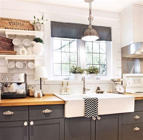 relooking cuisine chene les 25 meilleures idées de la catégorie cuisine rustique