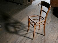 réparer une chaise en bois réparer une assise de chaise