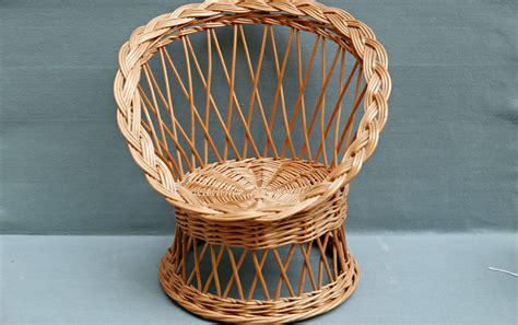 fauteuil en osier vintage petit fauteuil enfant en osier vintage r 234 ve de brocante