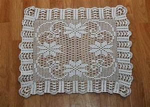 Set De Table Au Crochet : napperon carr cru motif filet id es pour la maison napperon filets et motif ~ Melissatoandfro.com Idées de Décoration