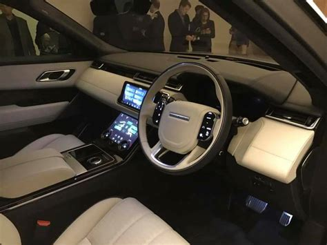 range rover interior 2017 2017 range rover velar interior pictures to pin on