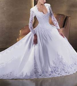 Average price for a wedding dress photo 1 all women for Average price for a wedding dress
