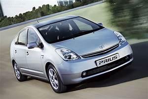 Toyota Prius Versions : toyota prius 2006 2007 2008 autoevolution ~ Medecine-chirurgie-esthetiques.com Avis de Voitures
