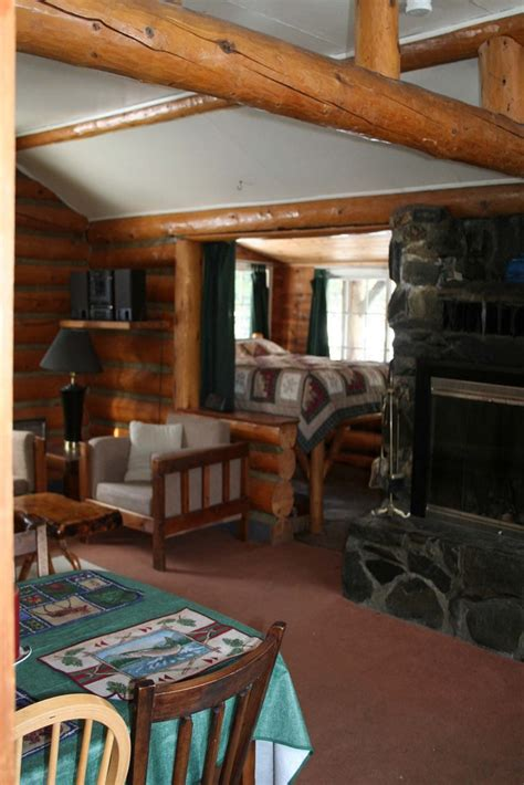 alaska rivers company  riverfront cabin