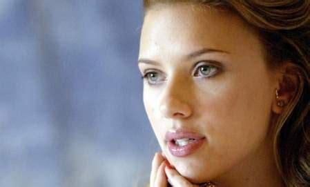 foto de El desnudo de Scarlett Johansson sigue de actualidad La
