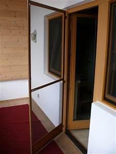 Fliegengitter Balkontür Schiebetür : insektenschutz fliegengitter und fliegenschutzgitter f r fenster t r und als insektenschutzrollo ~ Eleganceandgraceweddings.com Haus und Dekorationen