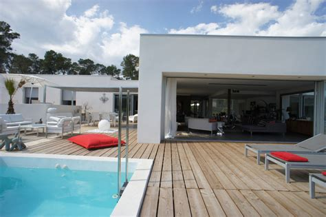 d 233 coration d une villa sur les parcs des vautes nord de montpellier contemporary pool