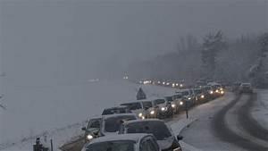 Accident Ile De France : neige 27 d partements en vigilance orange un accident mortel pagaille dans les transports ~ Medecine-chirurgie-esthetiques.com Avis de Voitures