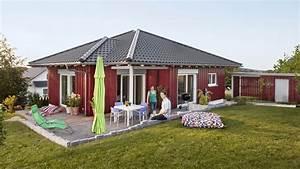 Fertighaus Holz Bungalow : fertighaus bungalow aus holz schwoererblog ~ Orissabook.com Haus und Dekorationen