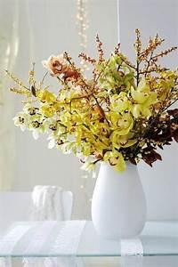 idees originales de decoration avec des orchidees With chambre bébé design avec bouquet de fleurs dans un vase