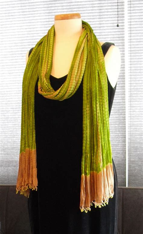 Drape Scarf - scarf styling for oblong scarves two ways