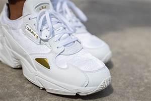 adidas 39 s falcon cloud white gold metallic eg5161