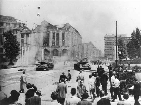 9 Est In Deutschland by R 233 Volte Ouvri 232 Re 224 Berlin Est 17 Juin 1953 Cvce Website