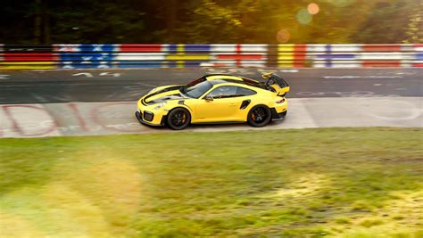 fastest porsche gt2 rs is the fastest porsche 911 of all time at 6 minutes