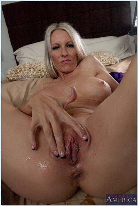 creampie blonde thumb page 6