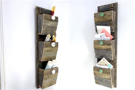 19 Smart And Beautiful Diy Reclaimed Wood Projects To Feed Your Imagination Diy Outdoor Parallel Bars Best Car Interior Cleaner Essential Oils Rack Rose Water Body Spray Bed Headboard Designs Fireplace For Christmas Lighted Headboards Photo Booth Wedding Malaysia