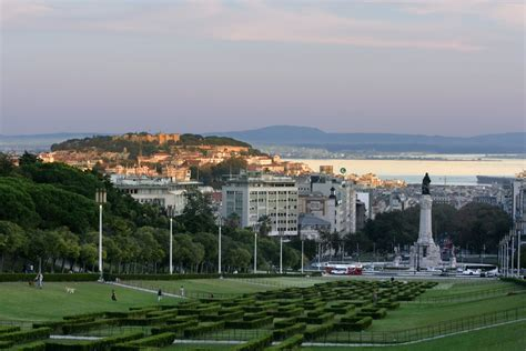 kitchen with two islands best things to do and see in lisbon insider 39 s guide