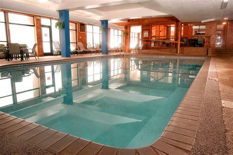 Indoor Pool : Indoor And Outdoor Pools