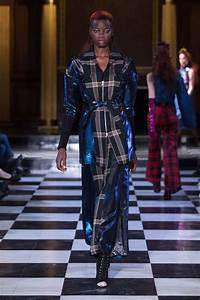 LFW: A. V. Robertson Autumn Winter 2018 Collection