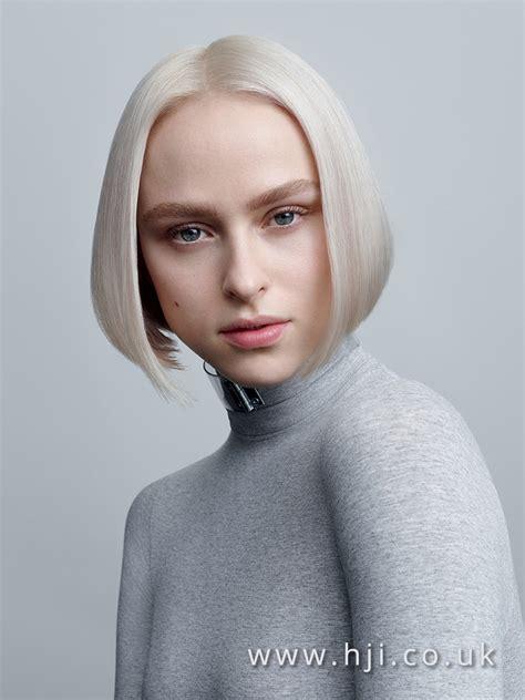 platinum blonde short bob hairstyle  centre parting