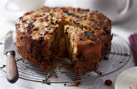 A Really Delightful No Added Sugar Fruit Cake Recipe