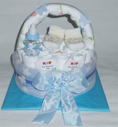 kleines geschenk zur taufe windelgeschenk windeltorte k 246 rbchen baby junge babyschuh booties geschenk for sale eur 18