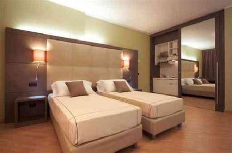 hotel chambre 4 personnes acca palace milan italya otel yorumları ve fiyat