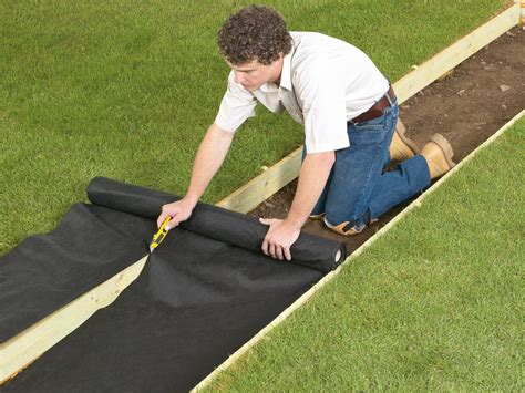 how to lay gravel how to lay a gravel pathway how tos diy