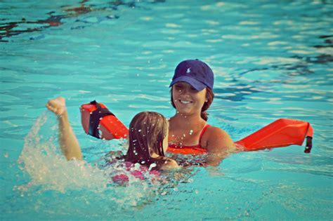 foto de Stroke Lessons Garden Hills Pool