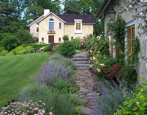 Guest House Cottage Garden  Farmhouse Landscape