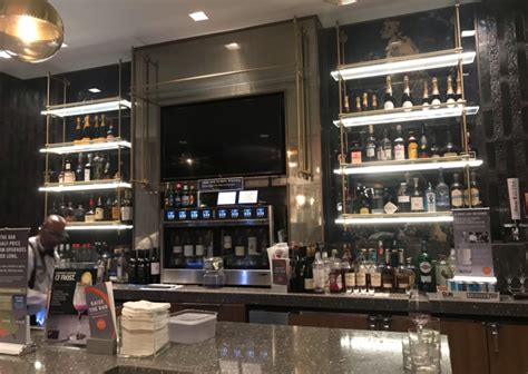 lounge review delta sky club  orleans msy points