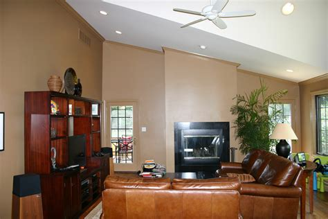 best colors for family room best paint color for family
