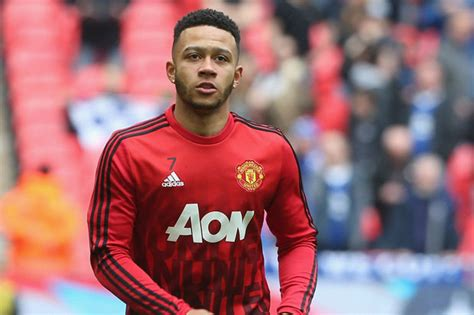 west ham backed  complete signing  manchester united