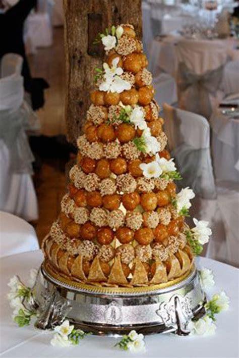 montee choux mariage 30 pi 232 ces mont 233 es en choux pour votre mariage mariage miniature et pastel