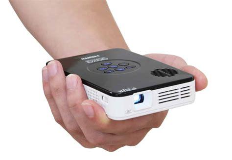 Top 10 Best Tiny Portable Projectors In 2018