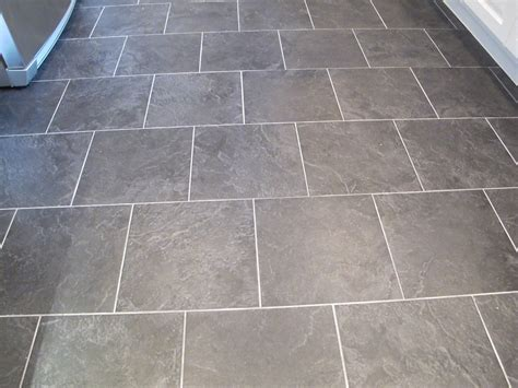 difference between ceramic and porcelain tile the surprising difference between porcelain and ceramic