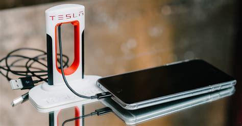tesla cell phone tesla supercharger phone charger order fotografie