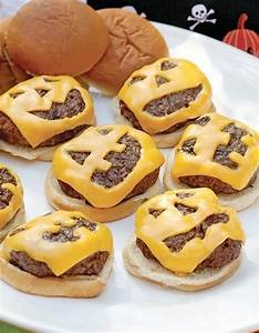 Recette Apéro Halloween : cheeseburgers de halloween halloween des recettes effrayantes et faciles rep r es sur ~ Melissatoandfro.com Idées de Décoration