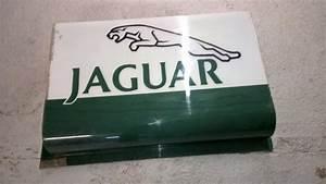 Concessionnaire Jaguar Paris : panneau publicitaire de concessionnaire jaguar ~ Gottalentnigeria.com Avis de Voitures