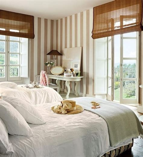 papier peint romantique chambre papier peint chambre beige raliss com