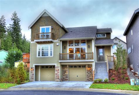 Craftsman With Two Story Great Room