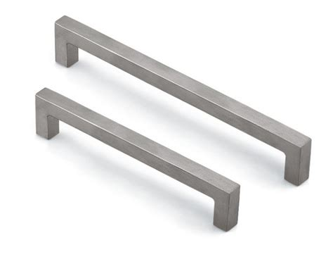 modern kitchen cabinet pulls modern kitchen cabinet handles hardware modern kitchen