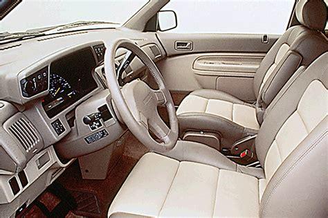 1990-98 Mazda MPV   Consumer Guide Auto