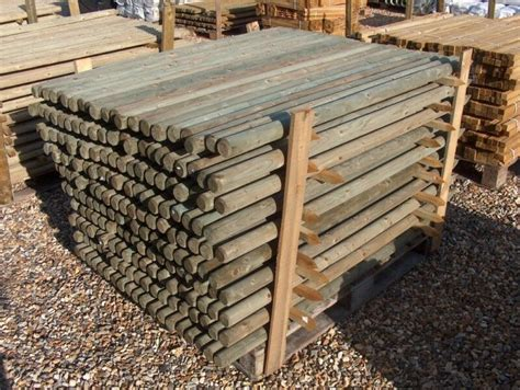 1.8m (6ft) X 50mm Pressure Treated Round Wooden Fence
