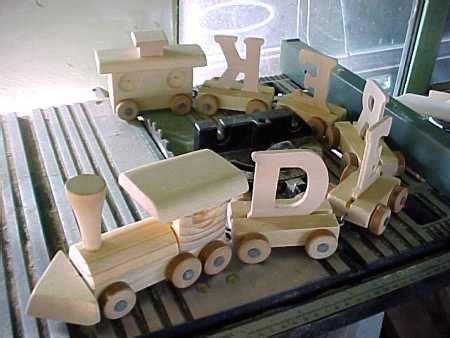 wooden toy train patterns plans diy